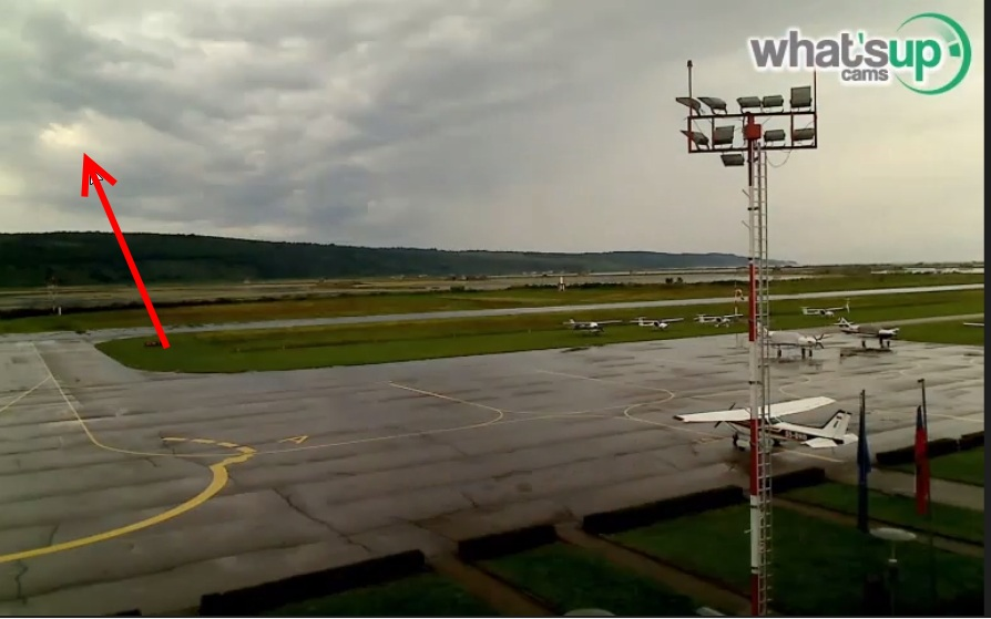 2014-08-24 23_02_10-Clip - portorož aerodrm 23-08.2014