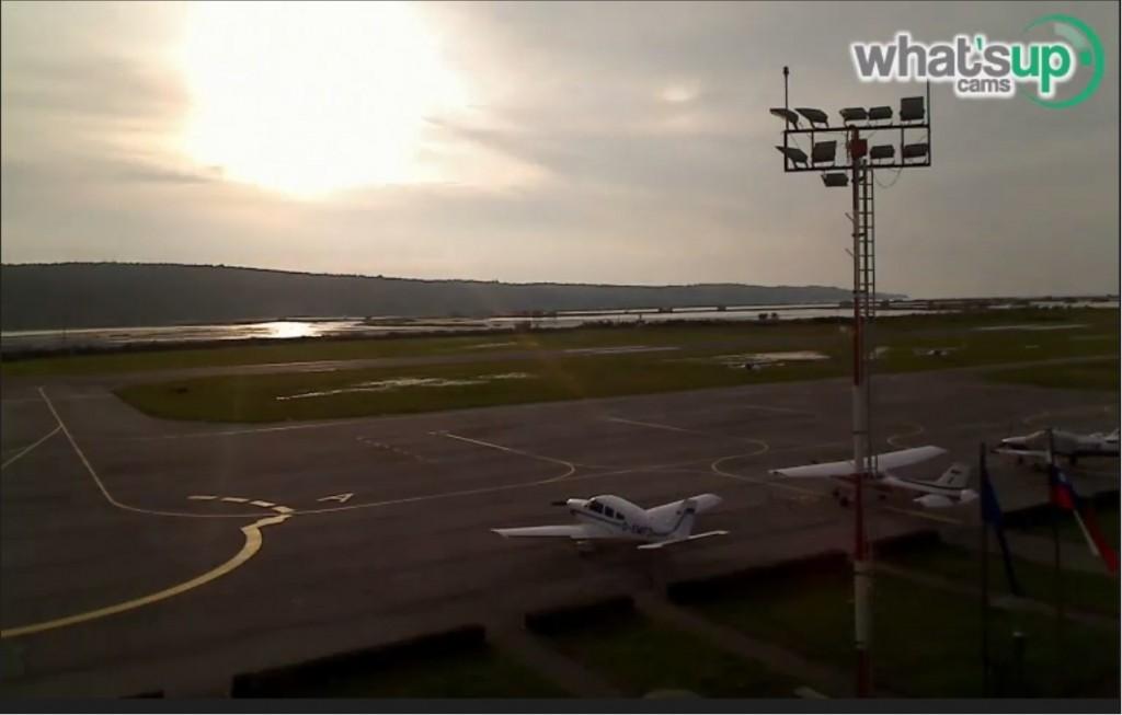 2014-09-25 01_28_03-Clip - portorož aerodrom 24.09.2014