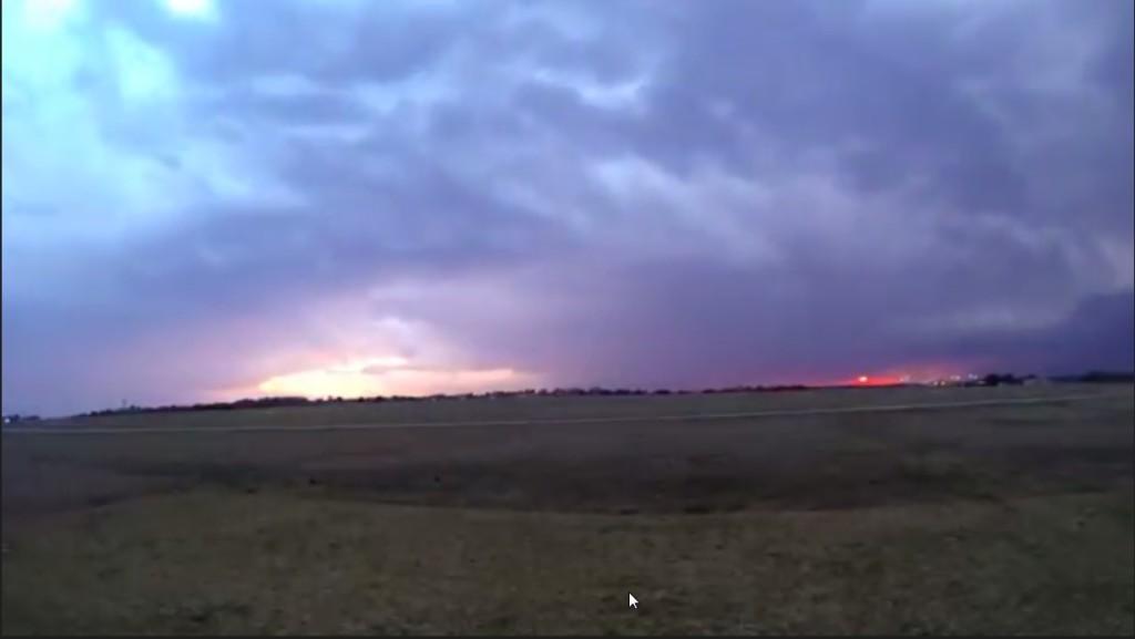 2015-03-22 01_28_53-Clip - Storm Cloud Formation - Multiple Time Lapses - April 23, 2014 - Deeyung E