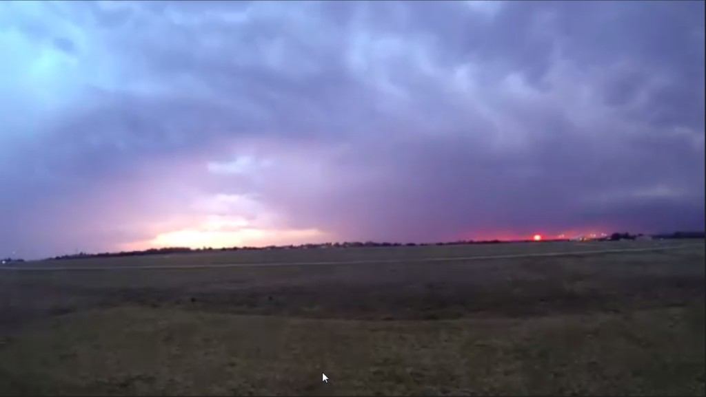 2015-03-22 01_29_08-Clip - Storm Cloud Formation - Multiple Time Lapses - April 23, 2014 - Deeyung E