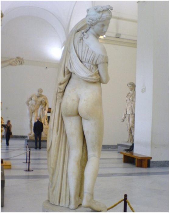 2013-10-02 01_05_04-200 GODINA SKRIVANA ZBIRKA IZ POMPEJA Golišave slike, opscene skulpture, bogovi